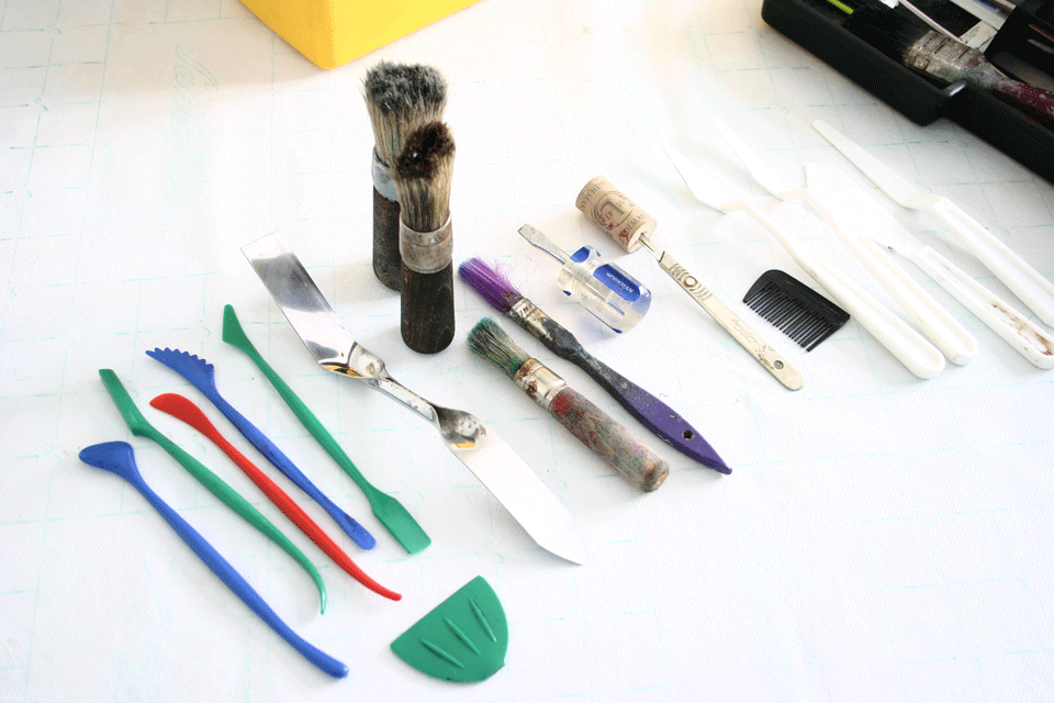 What's in 'The Box': shaping tools and brushes