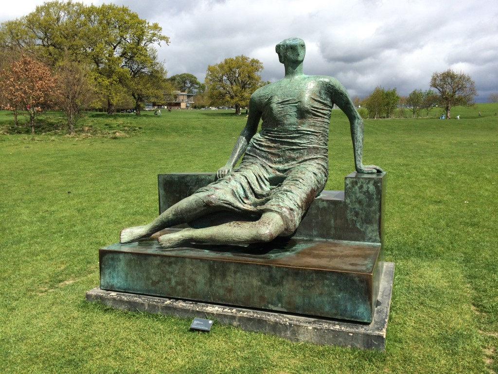 Henry Moore. Draped Seated Woman, 1957-58