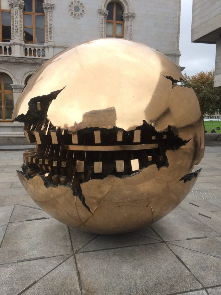 Sphere within a Sphere – Arnaldo Pomodoro